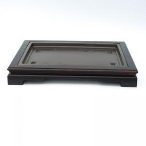 Holztisch unter einem Bonsai-PL-PP-1
