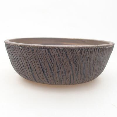 Die Schale gebacken in einem Holzofen 1.320 Grad - 1